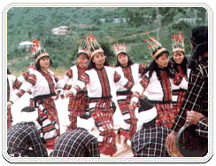 Khal Lam Dance, Khal Lam Dance art and craft, Khal Lam Dance art of Mizoram, Khal Lam Dance Arts & Crafts In Mizoram, Mizoram Arts Crafts, Arts Crafts of Mizoram India, Famous Arts & Crafts of Mizoram India