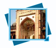 Uttar Pradesh travel, Uttar Pradesh travel guide, Tourist attractions of Uttar Pradesh, Historicals & Spiritual places of Uttar Pradesh, Famous Beaches & lakes Tour of Uttar Pradesh, about fairs & festivals of Uttar Pradesh